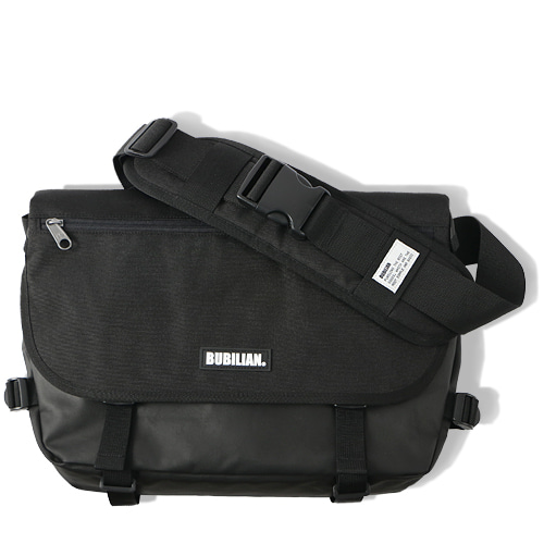Bubilian Half Messenger Bag_Black